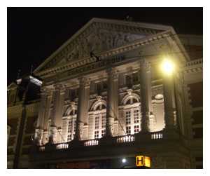 Concertgebouw at night