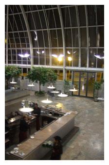 Palau lobby