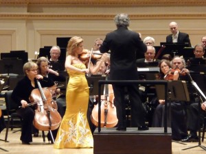 Violinist Anne-Sophie Mutter plays the Brahms concerto