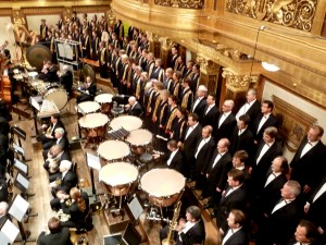 The Vienna Singverein cheek to cheek with the Pittsburgh Symphony