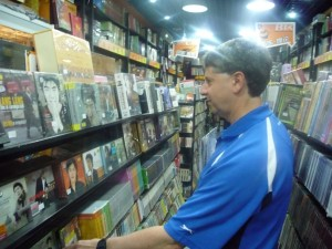 Cellist Michael Lipman finds Lang Lang CDs